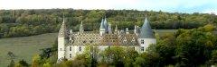 Autocars_Morey_Voyages-Chateau_de_La_Rochepot.jpg