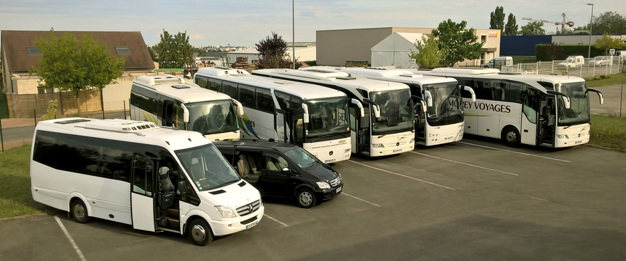 Morey Voyages Coaches and minibus fleet